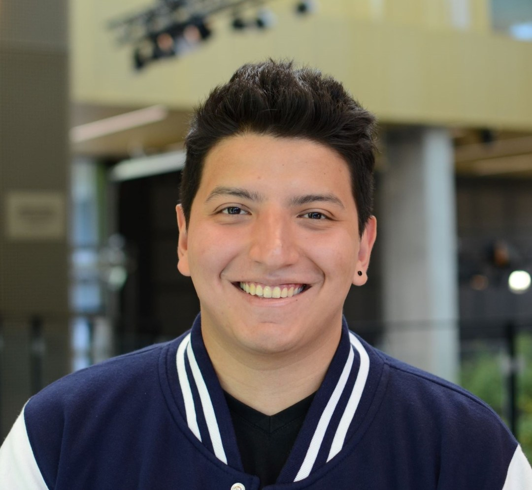 Steven Macías