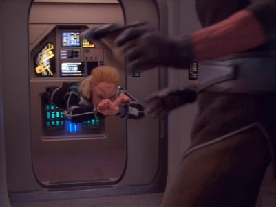 """Star Trek: DS9"" - ""Melora"" stunt."