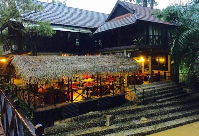 Tanah Aina Azareena Restaurant