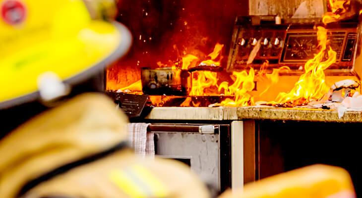 KITCHEN FIRE SAFETY TIPS  DapoAden