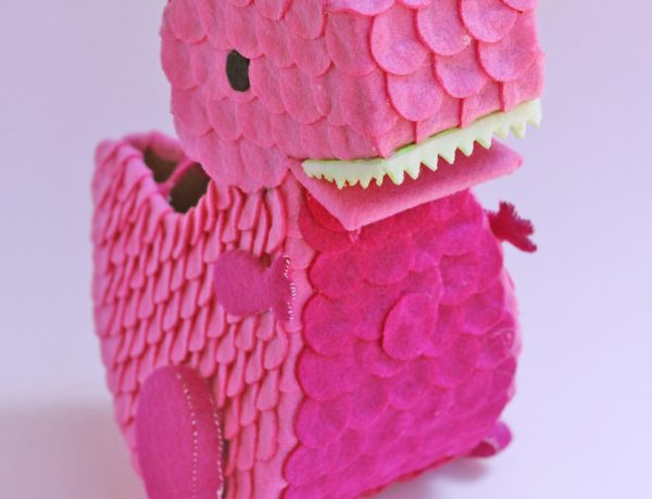 How to make a felt dinosaur bag tutorial