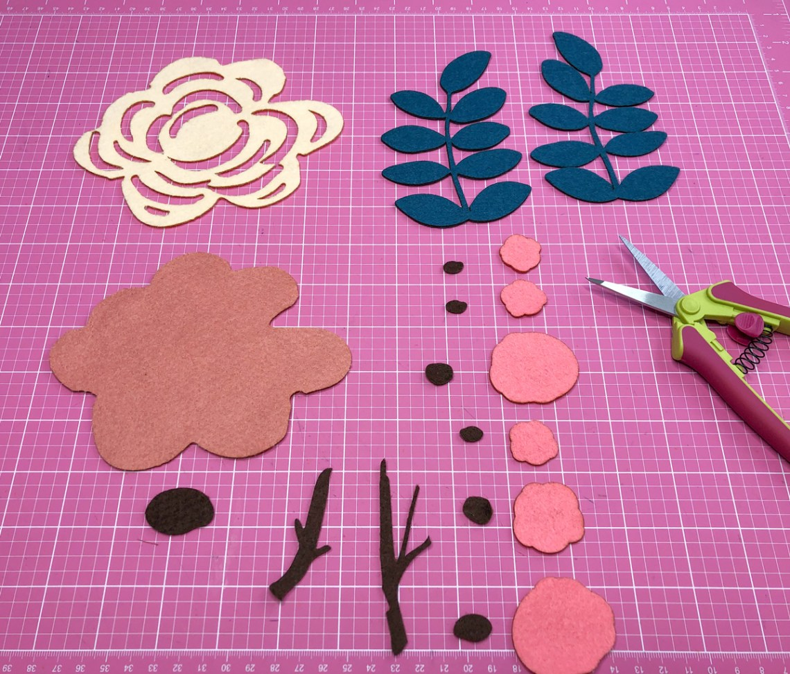 Step 2: Cut Pattern in Felt Pieces