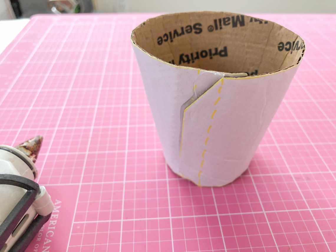 Felt Ice Cream Pin Cushion Tutorial glue cup together