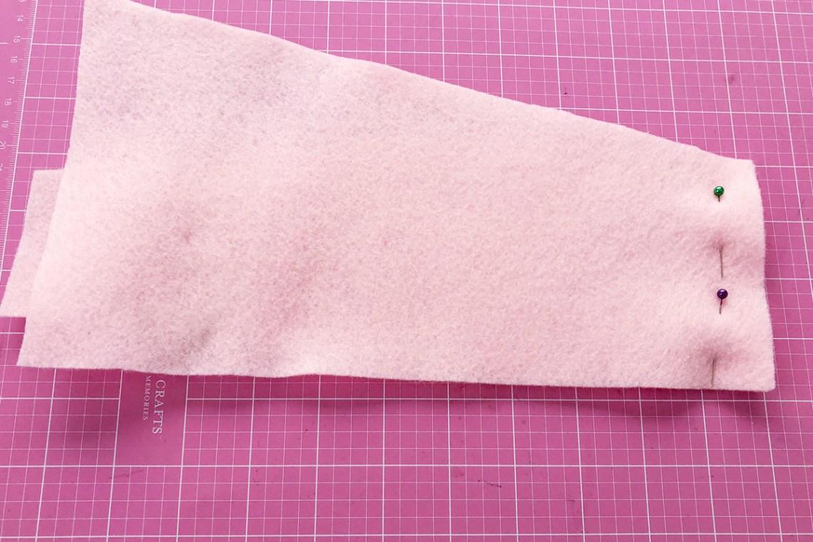 Felt Ice Cream Pin Cushion Tutorial sew felt together