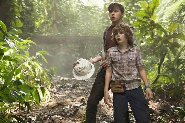 Nick Robinson & Ty Simpkins - Jurassic World