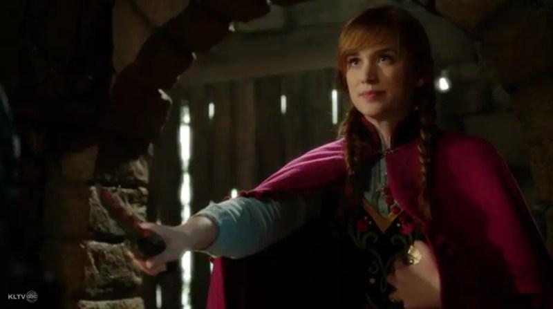 anna with dagger