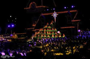 Candlelight Processional and Ceremony - Disneyland Holiday Time - December 6, 2014-71
