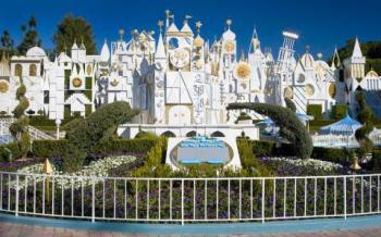 Image_its-a-small-world-DLR1