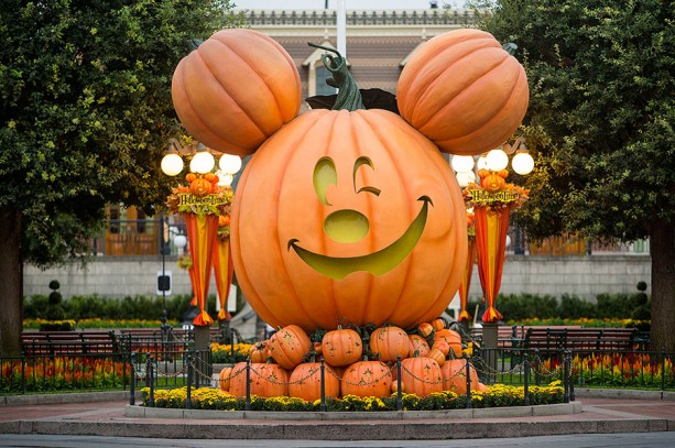 Tips for Mickey's Halloween Party at the Disneyland Resort – DAPs ...