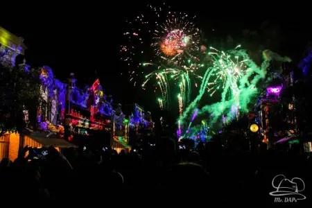 Disneyland-60th-Anniversary-Celebration-Disneyland-Forever-6