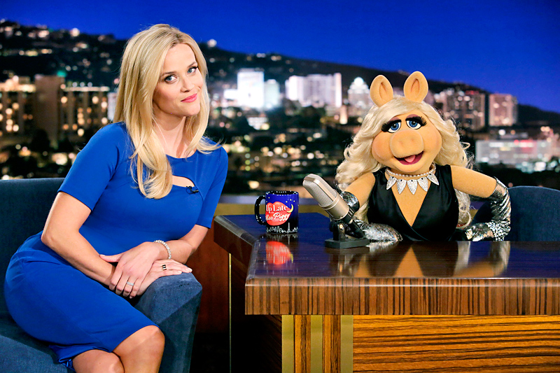 "THE MUPPETS - ""Walk the Swine"" - Miss Piggy and Reese Witherspoon have a heated rivalry but when the two volunteer for Habitat for Humanity, their feud escalates to a whole new level. Meanwhile, Fozzie and his girlfriend hit a rough patch, on ""The Muppets,"" TUESDAY, OCTOBER 27 (8:00-8:30 p.m., ET) on the ABC Television Network. (ABC/Nicole Wilder) MISS PIGGY"