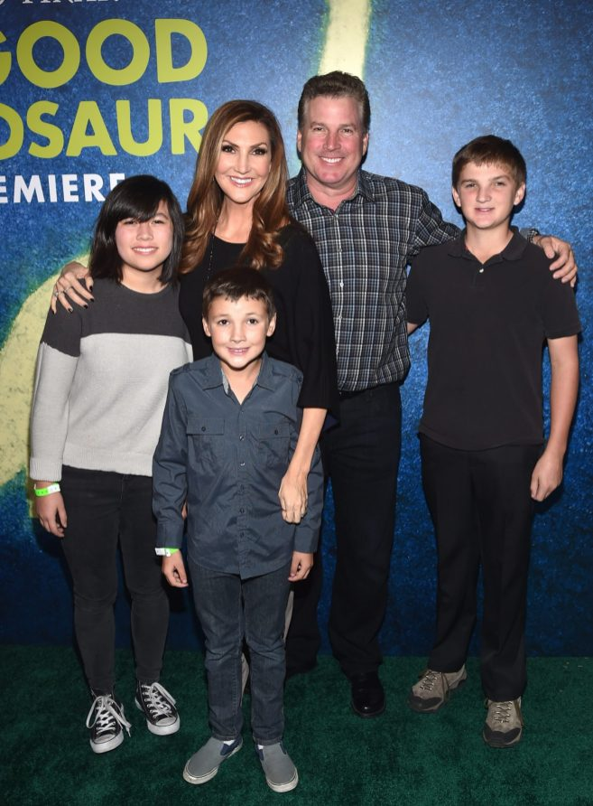 HOLLYWOOD, CA - NOVEMBER 17: Actress Heather McDonald and Peter Dobias with family attend the World Premiere Of Disney-Pixar's THE GOOD DINOSAUR at the El Capitan Theatre on November 17, 2015 in Hollywood, California. (Photo by Alberto E. Rodriguez/Getty Images for Disney) *** Local Caption *** Heather McDonald; Peter Dobias