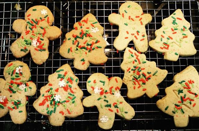 Three Ingredient Shortbread Cookies - Pretty Little Bakers