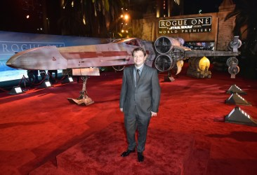 "HOLLYWOOD, CA - DECEMBER 10: Director Gareth Edwards attends The World Premiere of Lucasfilm's highly anticipated, first-ever, standalone Star Wars adventure, ""Rogue One: A Star Wars Story"" at the Pantages Theatre on December 10, 2016 in Hollywood, California. (Photo by Marc Flores/Getty Images for Disney) *** Local Caption *** Gareth Edwards"