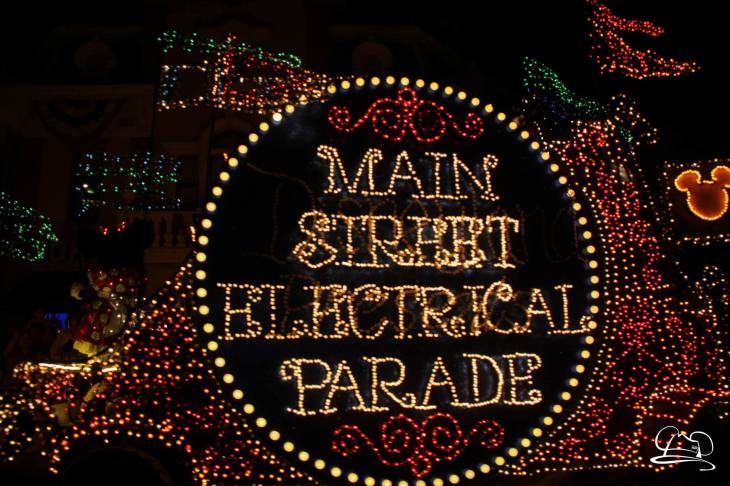 DisneylandMainStreetElectricalParade_45thAnniversary-12
