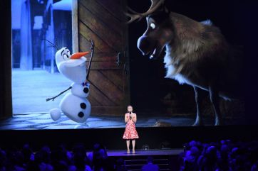 D23 EXPO 2017 - Friday, July 14, 2017 - The Ultimate Disney Fan Event - brings together all the worlds of Disney under one roof for three packed days of presentations, pavilions, experiences, concerts, sneak peeks, shopping, and more. The event, which takes place July 14-16 at the Anaheim Convention Center, provides fans with unprecedented access to Disney films, television, games, theme parks, and celebrities. (Disney/Image Group LA) KRISTEN BELL