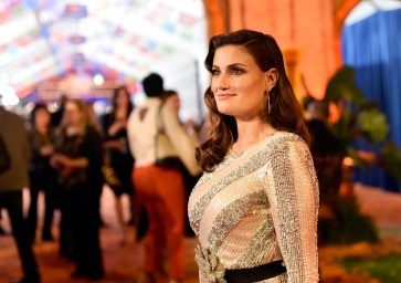 """HOLLYWOOD, CA - NOVEMBER 08: Actor Idina Menzel of """"Olafís Frozen Adventure"""" at the U.S. Premiere of Disney-Pixarís """"Coco"""" at the El Capitan Theatre on November 8, 2017, in Hollywood, California. """"Olafís Frozen Adventure"""" featurette opens in front of Disney-Pixarís original feature ìCocoî for a limited time. (Photo by Alberto E. Rodriguez/Getty Images for Disney) *** Local Caption *** Idina Menzel"""