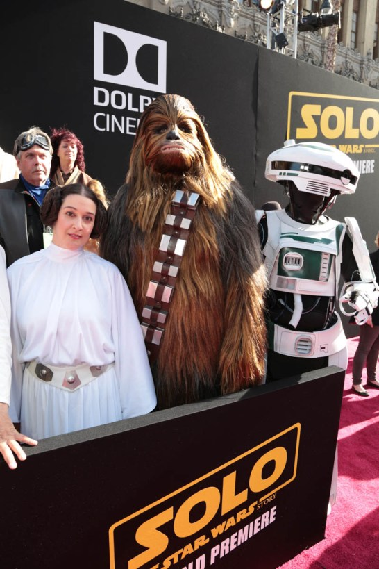 "Fans pose together at the world premiere of ""Solo: A Star Wars Story"" in Hollywood on May 10, 2018. (Photo: Alex J. Berliner/ABImages)"