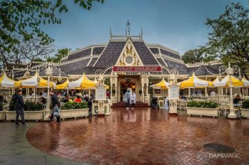Rainy Valentine's Day at the Disneyland Resort