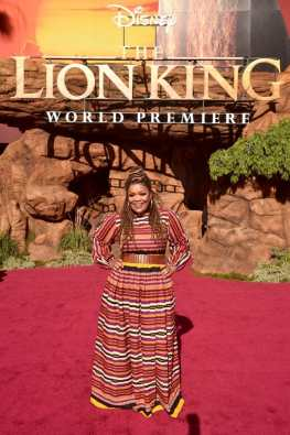 """HOLLYWOOD, CALIFORNIA - JULY 09: Yvette Nicole Brown attends the World Premiere of Disney's """"THE LION KING"""" at the Dolby Theatre on July 09, 2019 in Hollywood, California. (Photo by Alberto E. Rodriguez/Getty Images for Disney)"""