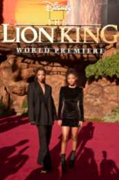 """HOLLYWOOD, CALIFORNIA - JULY 09: Chloe Bailey (L) and Halle Bailey attend the World Premiere of Disney's """"THE LION KING"""" at the Dolby Theatre on July 09, 2019 in Hollywood, California. (Photo by Alberto E. Rodriguez/Getty Images for Disney)"""