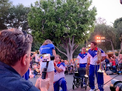 Proposal on Last Day of Disneyland Resort 2019 All-American College Band