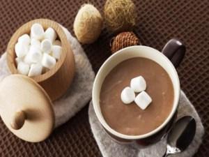 Coklat panas dengan marshmallow (Amerika Serikat)