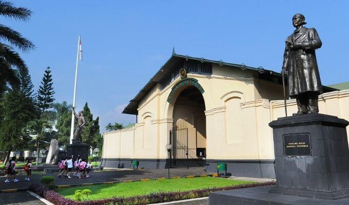 Museum Pembela Tanah Air Wisata Sejarah Di Bogor