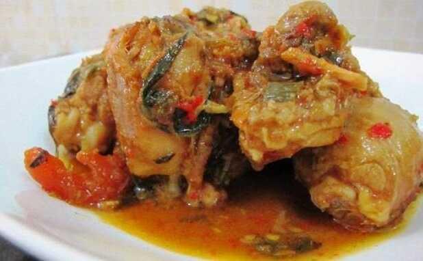 Ayam Woku Masakan Tradisional Ala Restoran