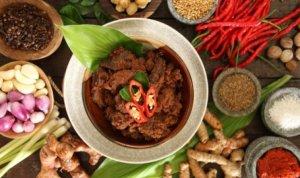 Rendang Makanan Populer Indonesia
