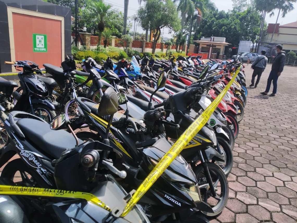 Puluhan motor curian diamankan Polresta Bandung (Foto: Istimewa)