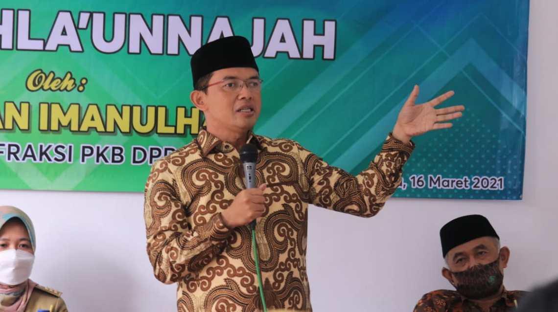 Anggota DPR RI dari Fraksi PKB, KH. Maman Imanulhaq