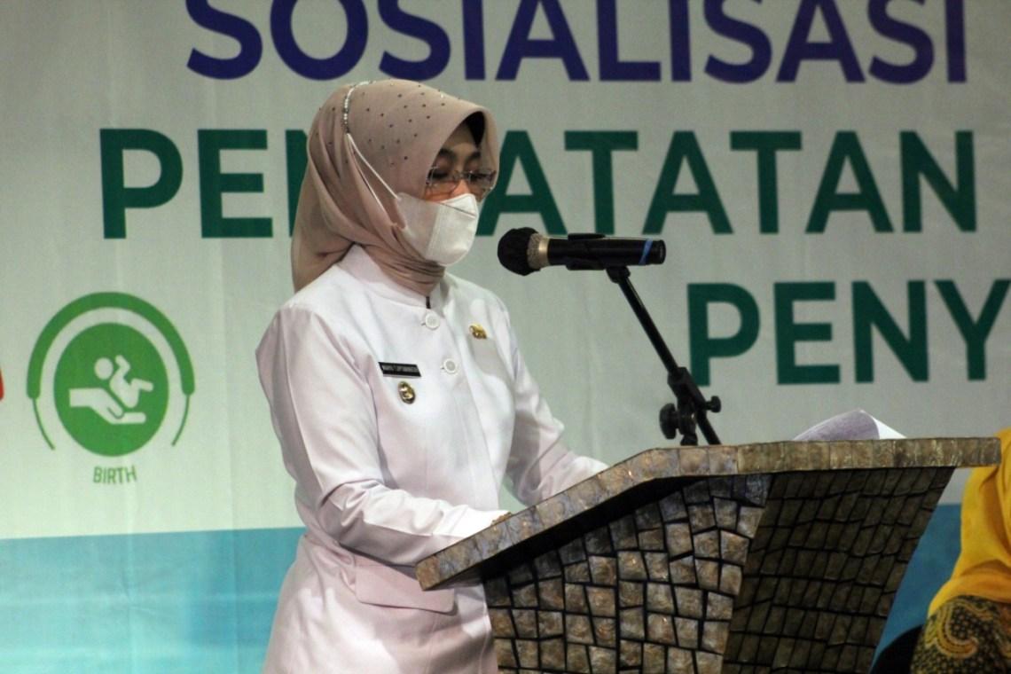 Wakil Bupati Cirebon, Hj. Wahyu Tjiptaningsih, SE, M.Si