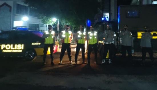 Saat Ambon Dalmas Polres Subang berpatroli (Foto: Yudi/dara.co.id)