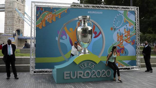 Piala Eropa 2020 akan digelar 11 Juni hingga 11 Juli 2021, Di masa Pandemi Covid-19, Piala Eropa 2020, diselenggarakan di 11 negara sekaligus.(Foto : Liputan6)