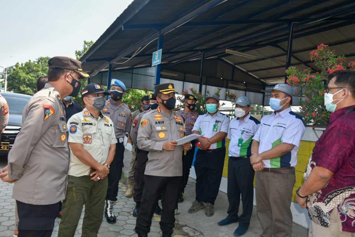 Kombes Pol Arif Budiman SIK, MH, saat monitoring PPKM darurat di sektor industri (Foto: Bambang Setiawan/dara.co.id)