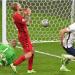 Harry Kane berselebrasi usai mencetak gol ke gawang Denmark di Stadion Wembley, 8 Juli 2021. /REUTERS/Justin Tallis/Pool via REUTERS/galamedianews.com)