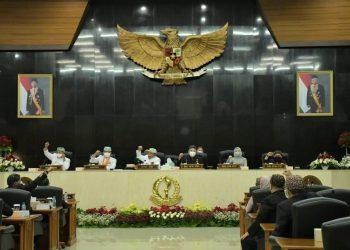 Rapat Paripurna memperingati hari jadi ke-76 Provinsi Jawa Barat. (Foto: Humas Jabar)