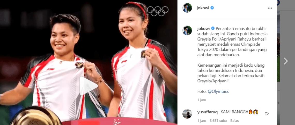 Presiden Joko Widodo ucapkan selamat atas sukses Greysia Polii/Apriyani Rahayu meraih medali emas bagi Indonesia pada Olimpiade Tokyo 2020, Senin  (2/8/2021). Medali Emas bulutangkis sebagai kado hari kemerdekaan Indonesia.(Foto: tangkapan laya IG Jokowi)