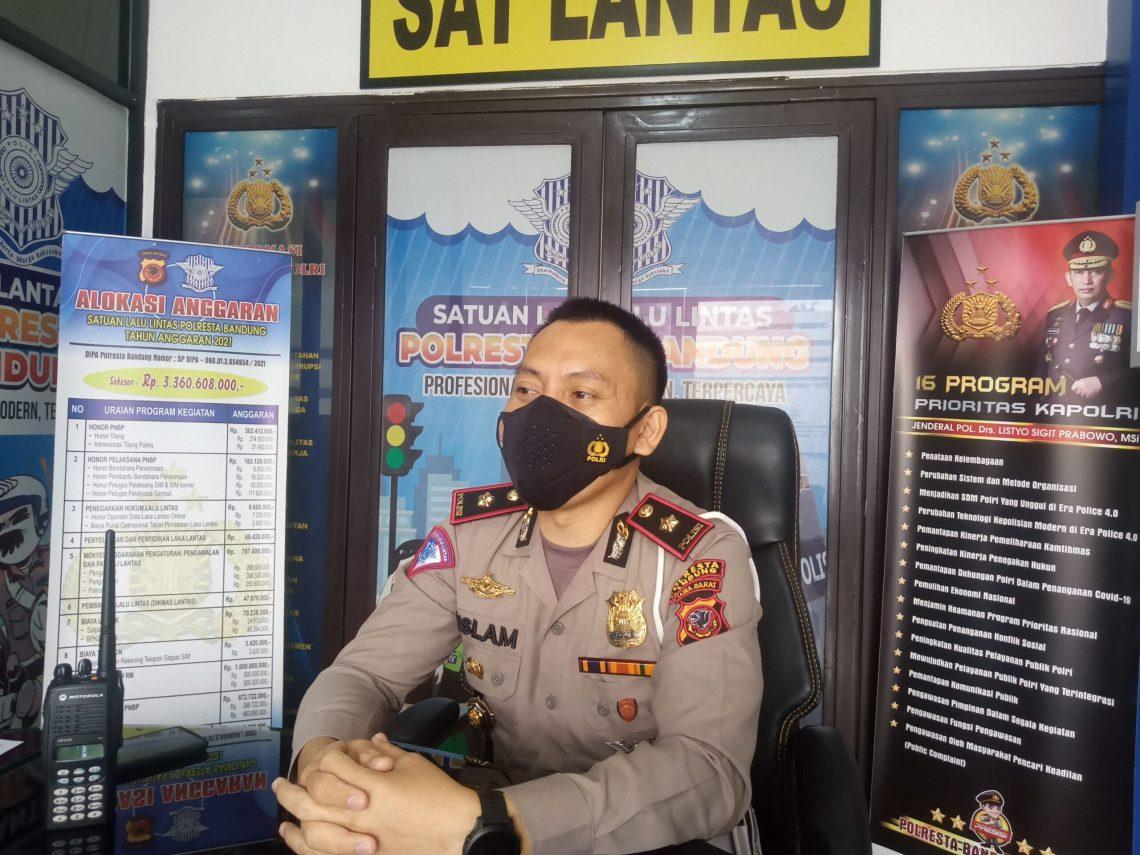 Kasat Lantas Polresta Bandung Kompol Rislam Harfia (Foto: Verawati/dara.co.id)