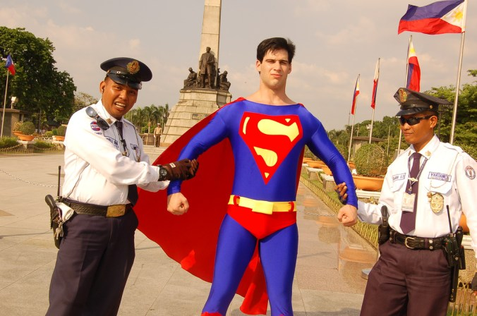 superman arrestet_ T K