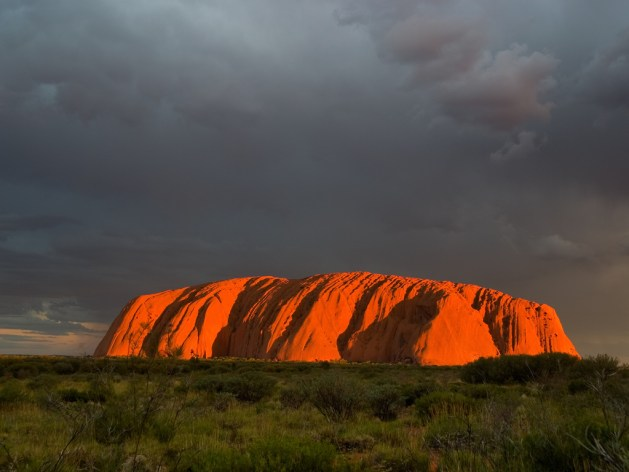 uluru sunset_peter Nijenhuis