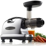 What is the main difference between Centrifugal and Masticating Juicers?