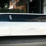 Have fun driving through Jaipur in a limousine