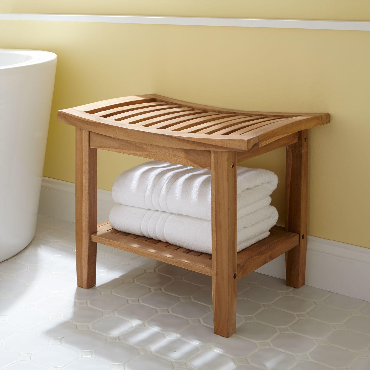 The simple additions for relaxing bathroom stool
