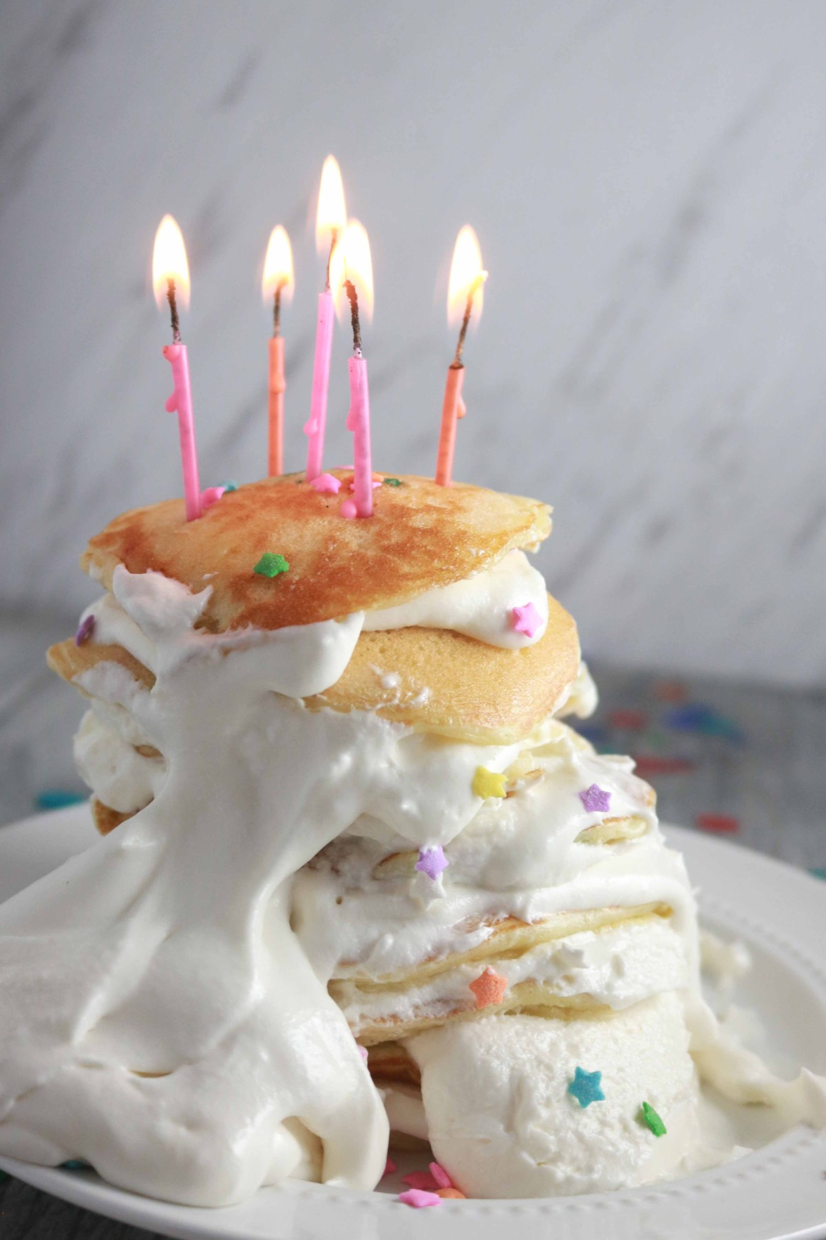 5 Ingredient Funfetti Birthday Pancakes