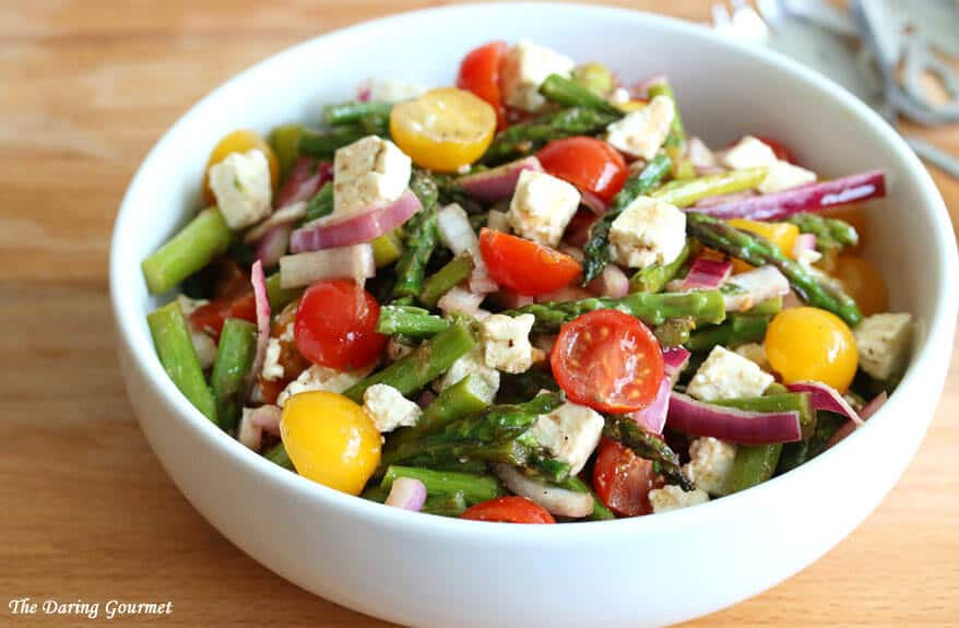 Greek salad recipe asparagus tomatoes feta cheese red onions vinaigrette dressing healthy