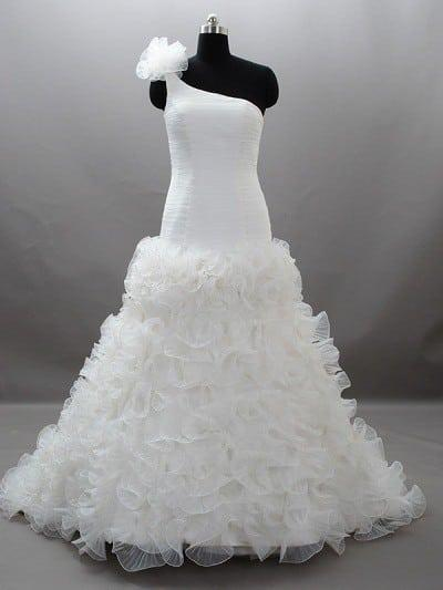 One Shoulder Plus Size bridal gown with Ruffled Skirt
