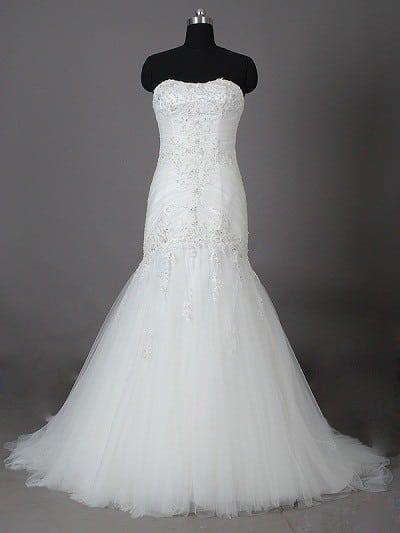 bc5929a28bd1 Stil BGM08117 - vit pärlstavspets bröllopsklänningar med Fit n Flare  Organza kjol