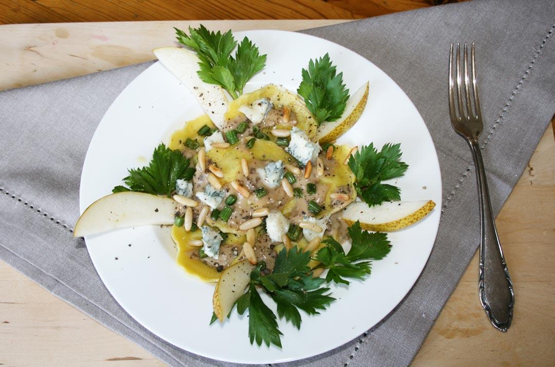 Pasta Girasoli mit Gorgonzolasauce. Rezeptbild